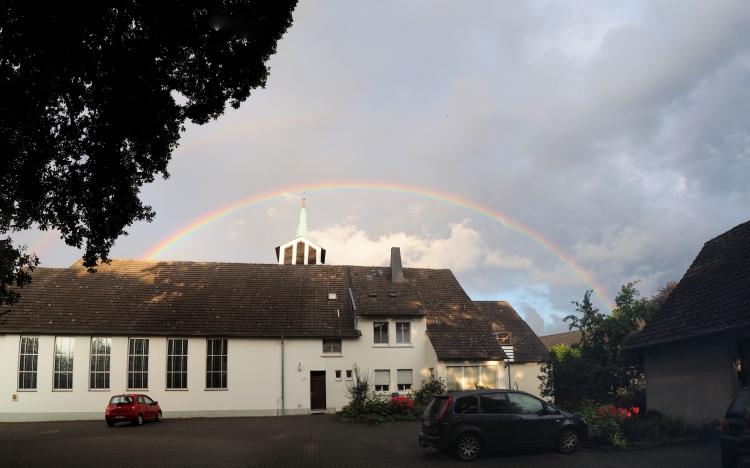 Regenbogen Kirche Möllbergen